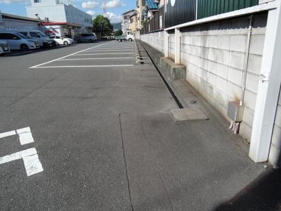 【駐車場】須賀町貸家