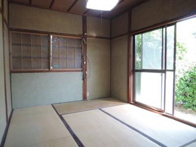【寝室】須賀町貸家