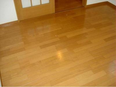 フローリングの床です。