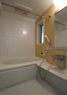 【浴室】上目黒5丁目貸家