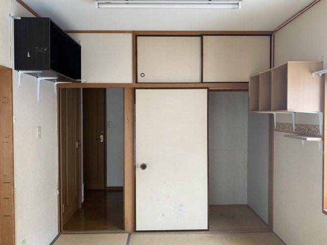 便利な収納スペースで、お布団もたくさん収納出来ます☆