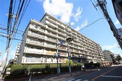 【現地写真】 鉄筋コンクリート造9階建て♪ 総戸数210戸♪