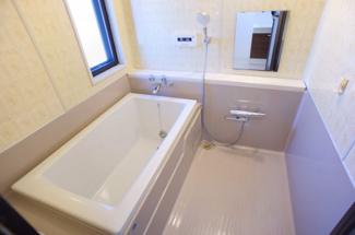 広々浴室、シャワー水栓新品です♪