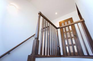 ステキな手すりの階段です。