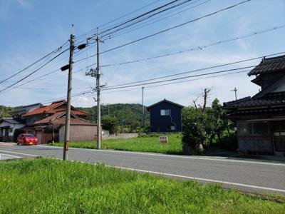 【前面道路含む現地写真】鳥取市気高町宝木土地①
