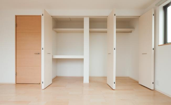 全居室収納付きですので、お部屋を広く使っていただけます♪ (同仕様写真)