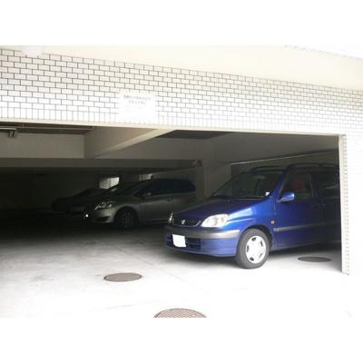 【駐車場】パレス鹿子殿
