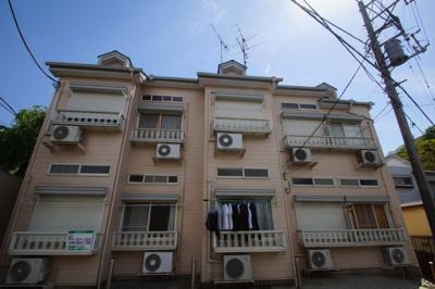 複数路線利用可能のアパートです。