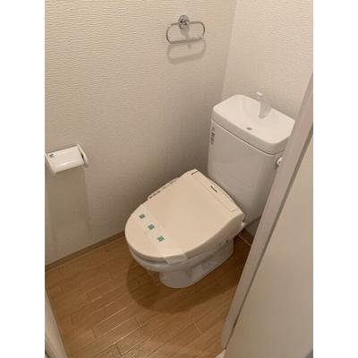 【トイレ】ベル花の木