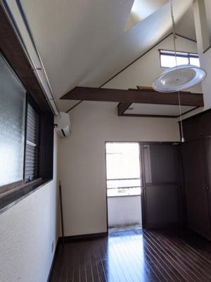 【居間・リビング】東神奈川テルミコーポ