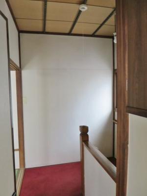 二階の階段の踊り場です