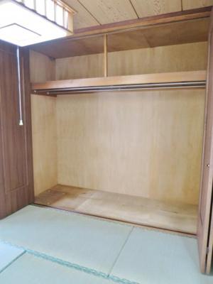 4.5帖の和室にある、大容量のクローゼットです