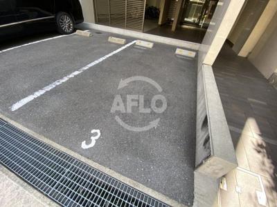 ROJI01 駐車場