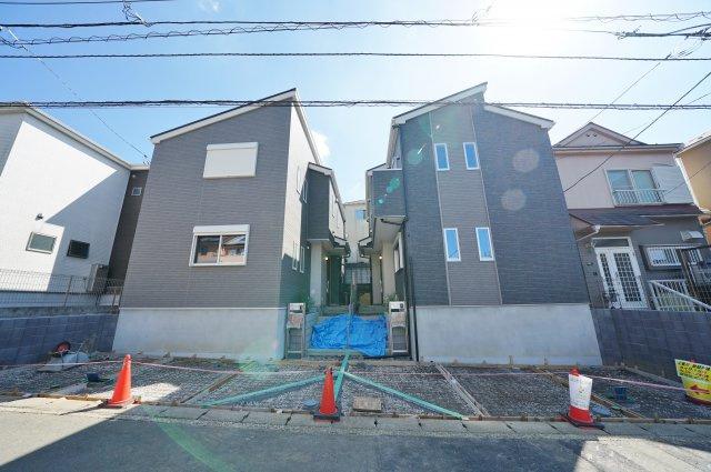 閑静な住宅街に立地する全2棟の新築戸建です