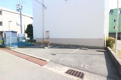 【駐車場】垂水農住団地5号棟