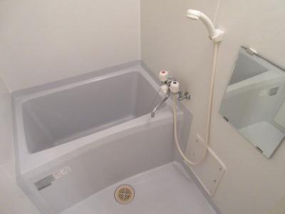 【浴室】ロフティ西京極郡町