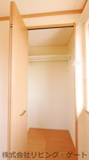 2階の洋室にあるクローゼット