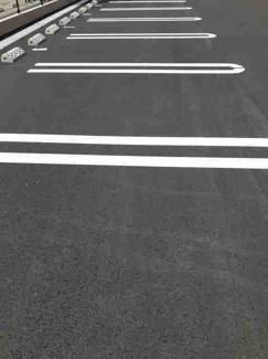 【駐車場】ラグジュアリー Ⅱ