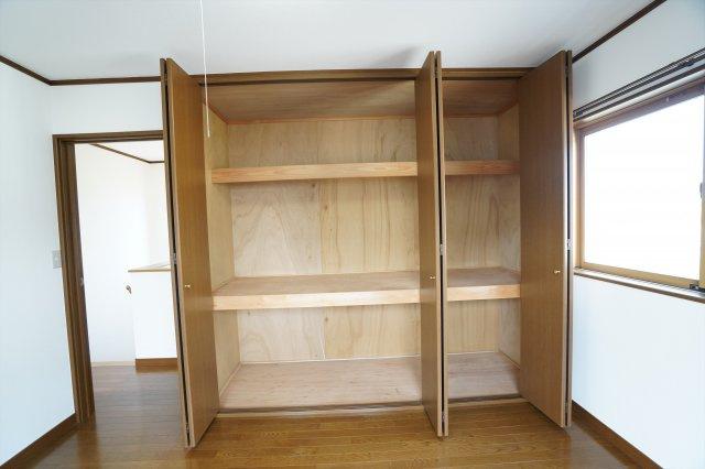 物を1ヶ所に収納できるのでお部屋もすっきりします。