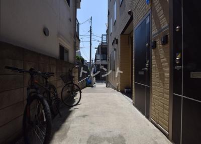 【エントランス】エトワール本郷