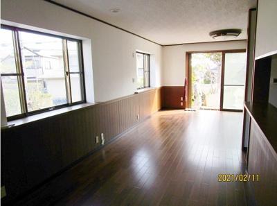 【居間・リビング】神戸市垂水区神陵台8丁目 戸建住宅