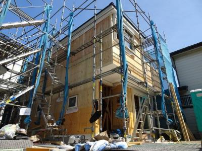 人気エリア出ました。京急本線「上大岡駅 徒歩13分」新築4LDK 買い物が大変便利です♪ 横浜にもアクセス良好 広いリビングで開放的にご家族とのお時間を過ごせます 令和3年7月末完成予定