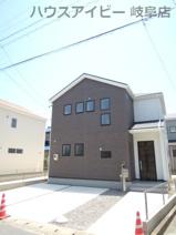 岐阜市柳津町蓮池 新築建売全3棟 可動棚付きパントリー収納があるお家 お車並列3台可能の画像