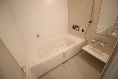浴室1坪!広々お風呂です♪