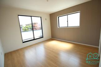 2階主寝室8.7帖の広さです。