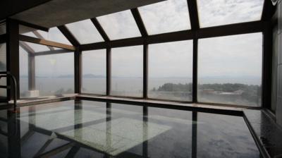 最上階(10階)の展望大浴場からの眺め