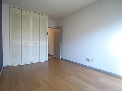 【寝室】グランデ・エスト緑が丘