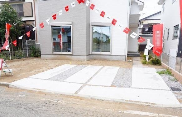 カースペース2台以上駐車可能♪本日、建物内覧できます。お電話下さい!