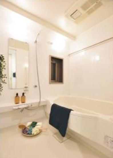 日々の暮らしに欠かせないお風呂です 浴室には窓・浴室乾燥もありカビなどの心配もなく清潔に入浴ができます。
