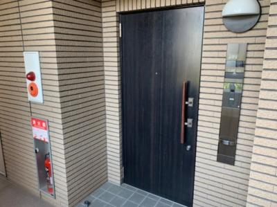 シンプルで使いやすい玄関です。