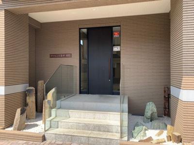 マンション入り口です。