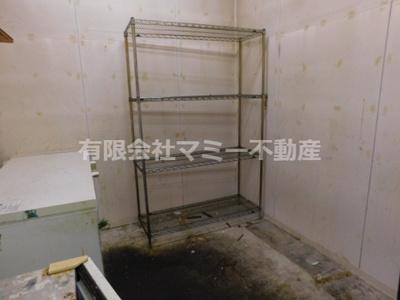【内装】菰野町宿野店舗A