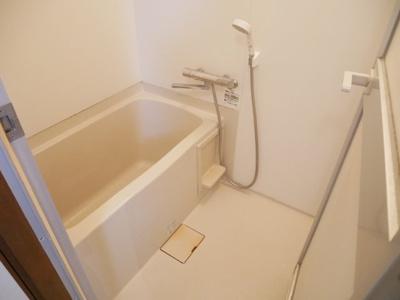 【浴室】グランメールナカダ