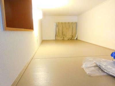 【寝室】レオパレス南平台2