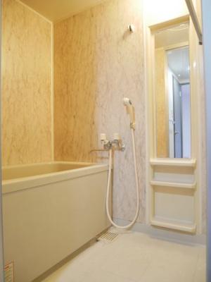 【浴室】シュヴェスター