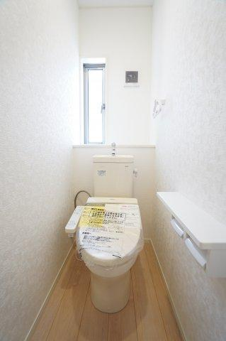 【同仕様施工例】直線的なお部屋なので家具のレイアウトもしやすいですね。
