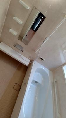 【浴室】瀬戸市井戸金町中古戸建て