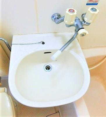 浴室洗面台です。