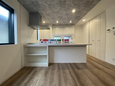 【キッチン】灘区大和町1丁目 新築戸建て