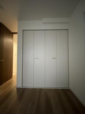 1階洋室約5.2帖収納