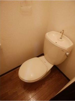【トイレ】ラグリュー2