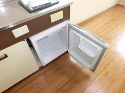 冷蔵庫も付いてます♪