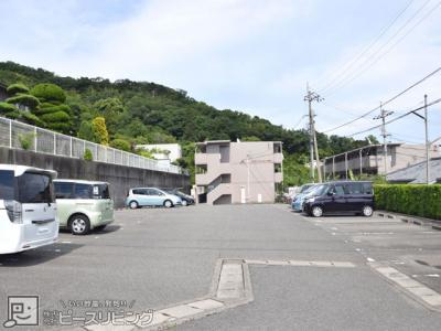【駐車場】ハイランドマンション多田3