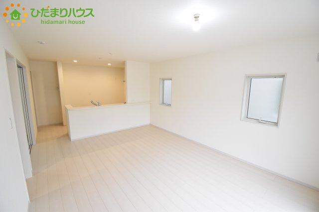 【居間・リビング】西区飯田 新築一戸建て リーブルガーデン 01