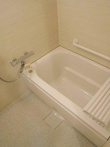 お風呂も交換となります。