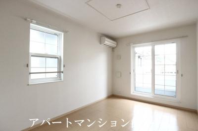 【居間・リビング】ヴィノ カミヤ